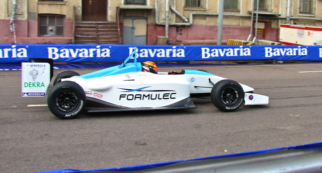 Formulec-EF01-на-Moscow-City-Racing-2011