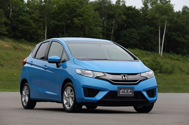 Honda Jazz (Fit) Hybrid 2014