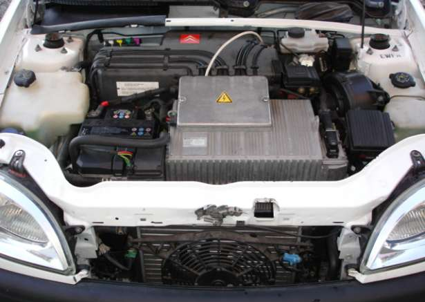 Citroen Saxo Electric 5